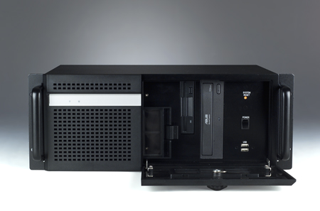 Rackmount Chassis for Industrial PC's - Esis